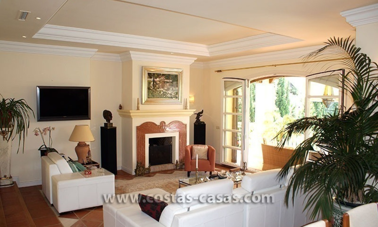 Villa te koop op de Golden Mile in Marbella 17