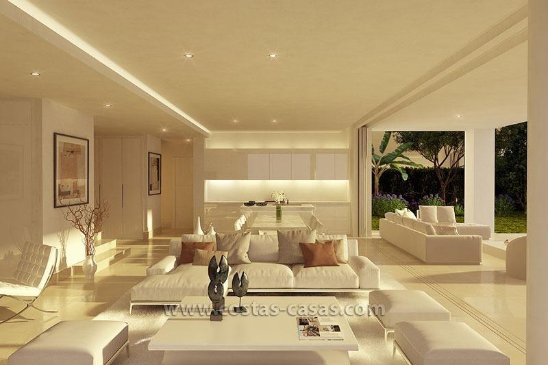 Nieuwe moderne villa te koop grote terrassen marbella for Villa interieur moderne