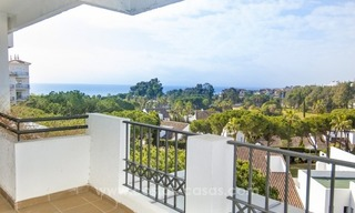 Perfect location!! Beachside apartment for sale in Puerto Banús 0