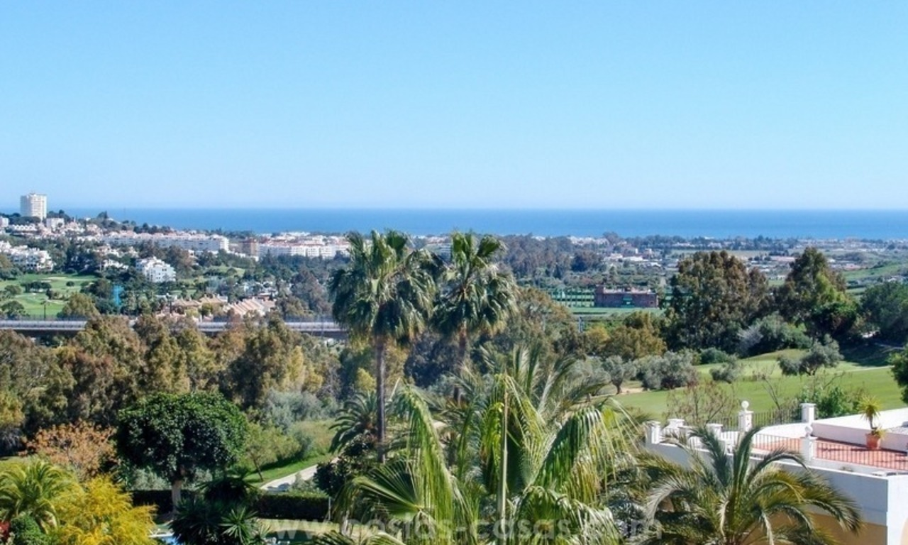 Modern appartement te koop in La Quinta, Marbella – Benahavis 0