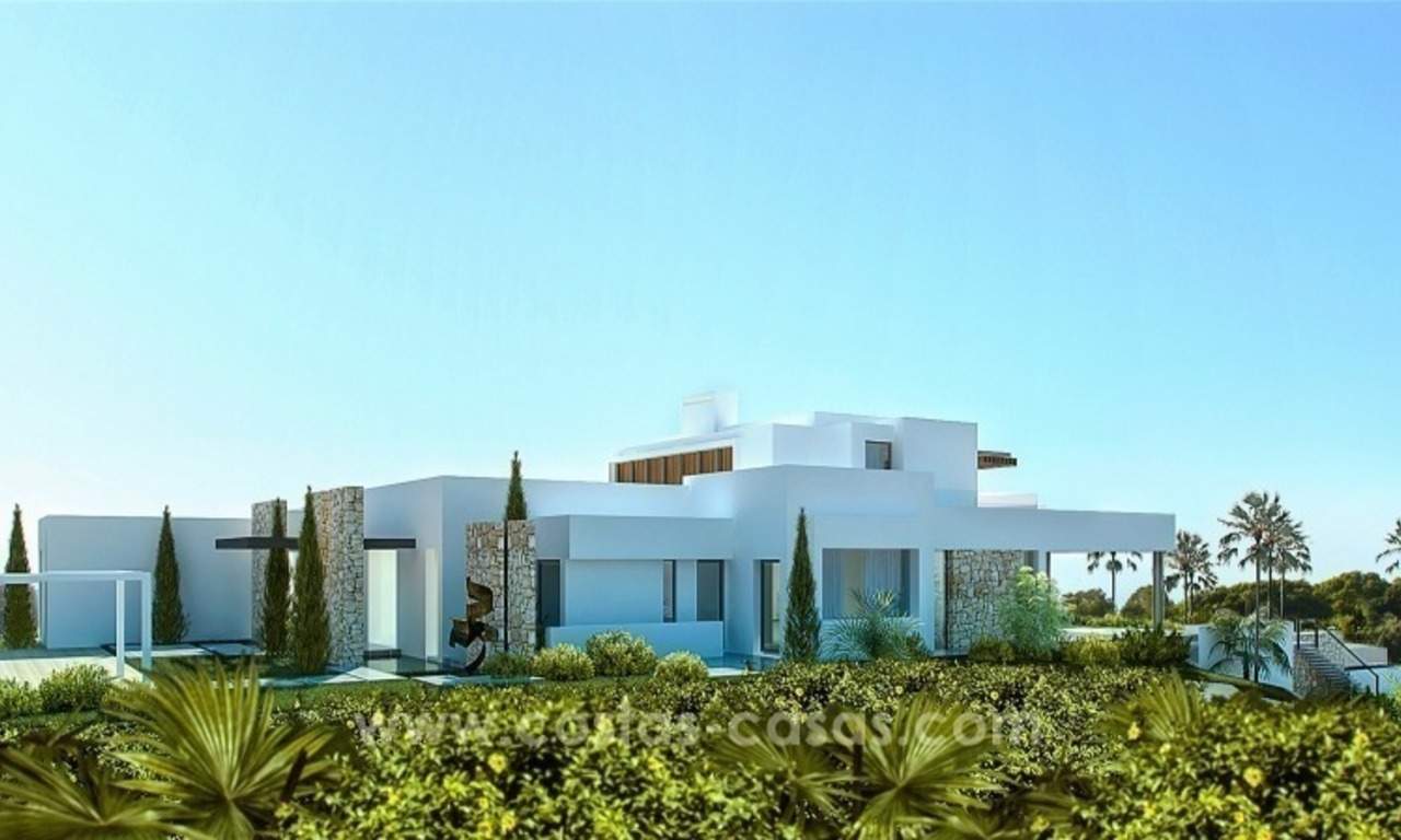 Moderne eerstelijn golf Villa te koop in golfresort op de New Golden Mile, Benahavis – Marbella 2