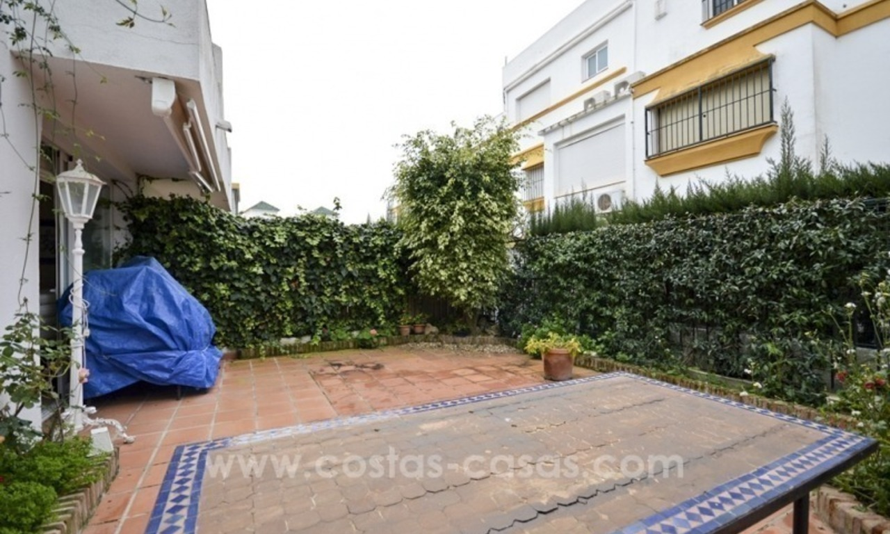 Beachside townhouse te koop op de Golden Mile in Marbella 7