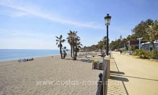 Beachside townhouse te koop op de Golden Mile in Marbella 4