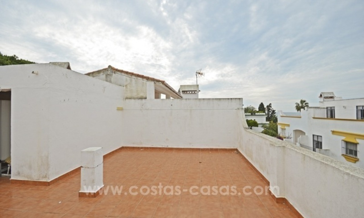 Beachside townhouse te koop op de Golden Mile in Marbella 9
