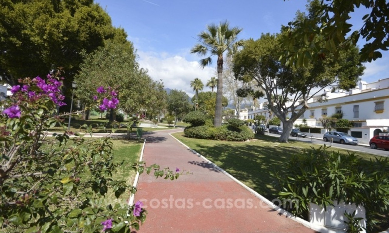 Beachside townhouse te koop op de Golden Mile in Marbella 10