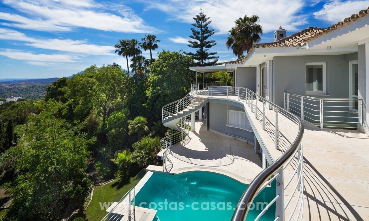 Contemporaine design Villa te koop in El Madroñal te Benahavis - Marbella 7