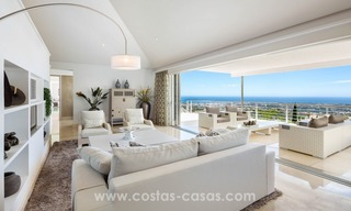 Contemporaine design Villa te koop in El Madroñal te Benahavis - Marbella 10