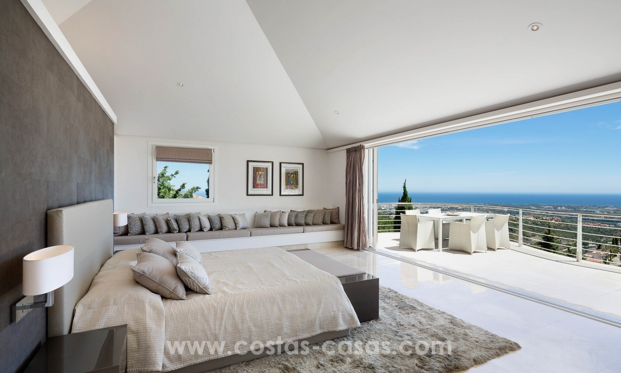 Contemporaine design Villa te koop in El Madroñal te Benahavis - Marbella 14