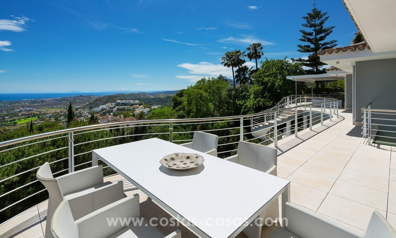 Contemporaine design Villa te koop in El Madroñal te Benahavis - Marbella 16