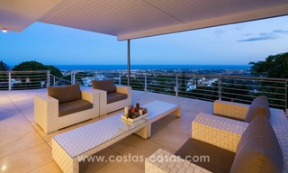 Contemporaine design Villa te koop in El Madroñal te Benahavis - Marbella 24