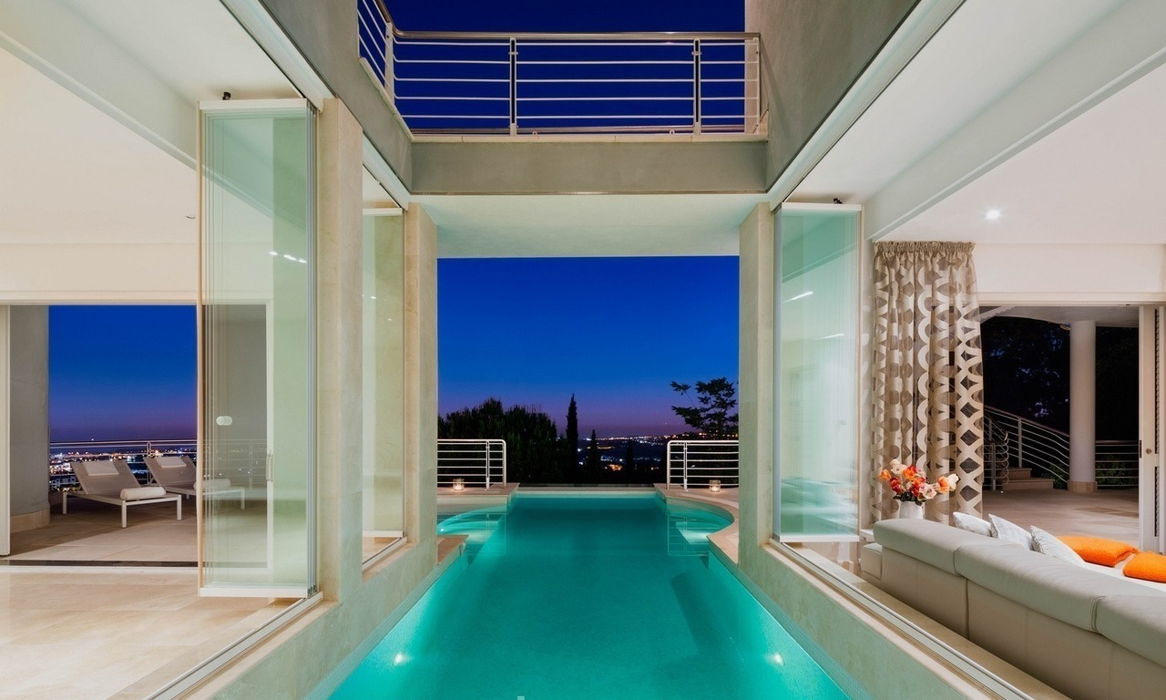 Contemporaine design Villa te koop in El Madroñal te Benahavis - Marbella 27