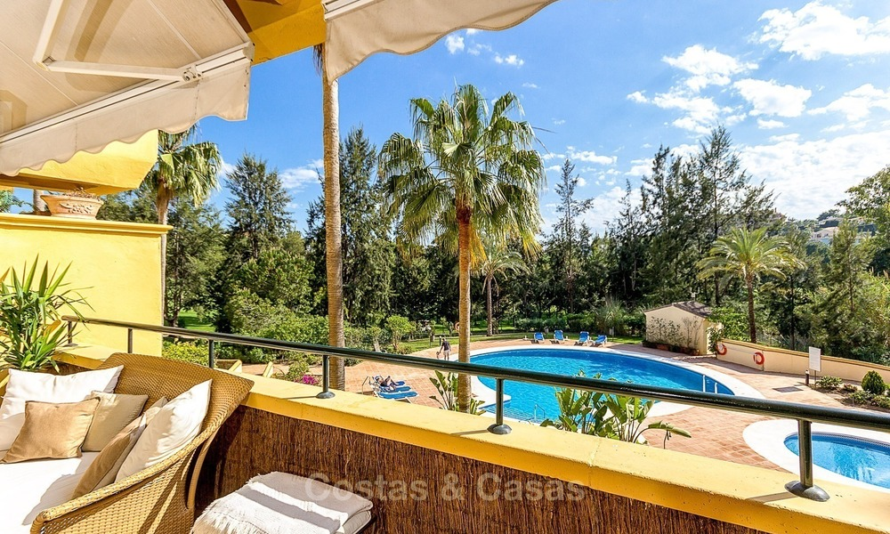 Eerstelijn Golf Luxe Appartement te koop in een Gated Community in Rio Real, Marbella 1857