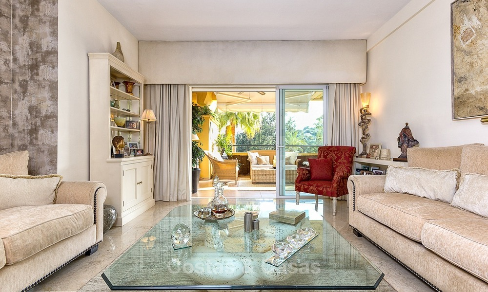 Eerstelijn Golf Luxe Appartement te koop in een Gated Community in Rio Real, Marbella 1859