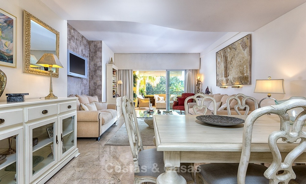Eerstelijn Golf Luxe Appartement te koop in een Gated Community in Rio Real, Marbella 1862