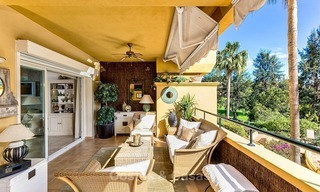 Eerstelijn Golf Luxe Appartement te koop in een Gated Community in Rio Real, Marbella 1865