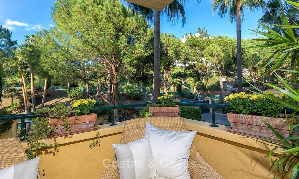 Eerstelijn Golf Luxe Appartement te koop in een Gated Community in Rio Real, Marbella 1870