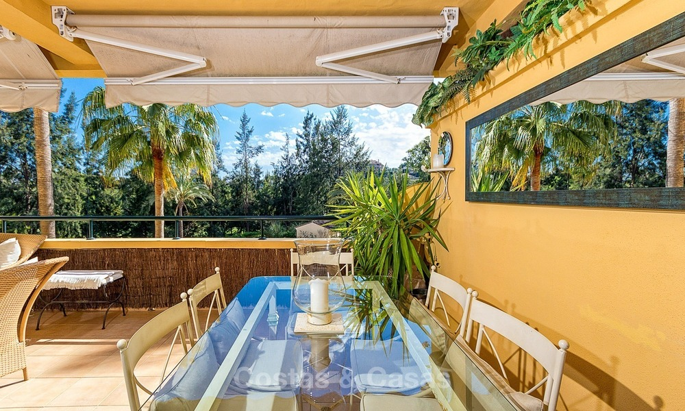 Eerstelijn Golf Luxe Appartement te koop in een Gated Community in Rio Real, Marbella 1873
