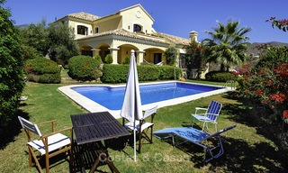 Luxe villa te koop in een gated golf resort Marbella - Benahavis 14074